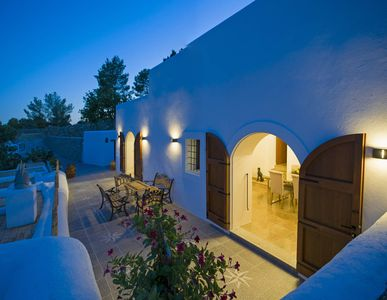 Photo for 4 bedroom Villa, sleeps 8 in Sant Mateu d'Albarca with Pool, Air Con and WiFi