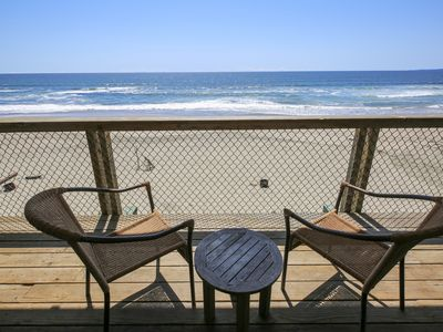 Photo for 709/On the Beach *OCEANFRONT* 2 Nts Off/4 Nts Summer/Holidays