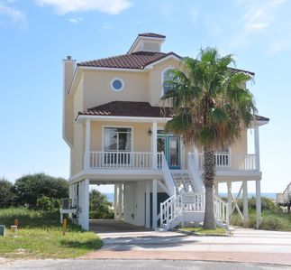 Photo for Beautiful Beachfront Home Open Jun 15 to 22!!