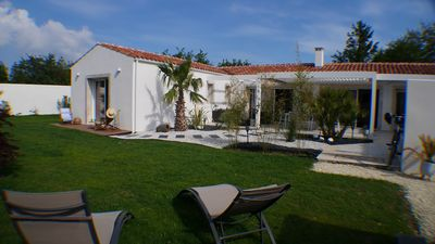 Photo for Charming villa near the sea, bike path and all amenities