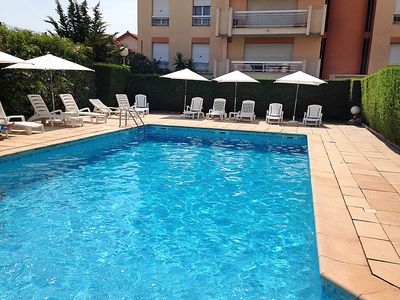 Photo for Apartment Cannes Parc in Cannes - 4 persons, 2 bedrooms