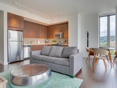 Photo for Beautiful & dog-friendly downtown Portland condo w/ panoramic views!