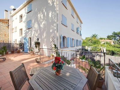 Photo for Luxury  air conditioned, 2 bed duplex, 100m from Garoupe Beach on Cap d'Antibes