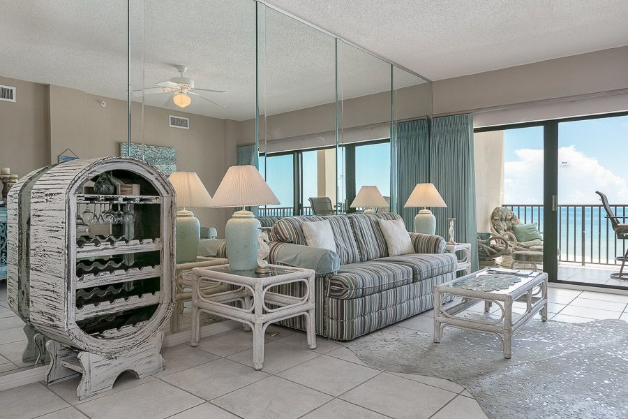 Have A Ball With Kaiser In The Palms 613 2 Br 2 Ba Condo