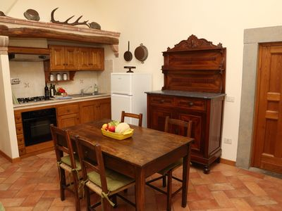 Photo for Two-room apartment with swimming pool, wifi and a beautiful view of the Tuscan hills