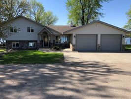 Photo for 3BR House Vacation Rental in Darwin, Minnesota