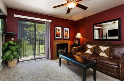 Photo for One Bedroom Condo With Great Location And Price!