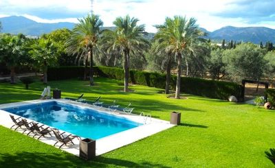 Photo for Large villa for 20 persons near Palma with large pool and tennis courts
