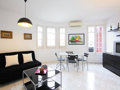Photo for Apartment Eixample Esq. Entenza-Av Roma 01 in Barcelona - 4 persons, 1 bedrooms