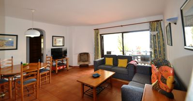 Photo for Perfect 2 Bed Apt With Uniques Sea Views in Albufeira São Rafael