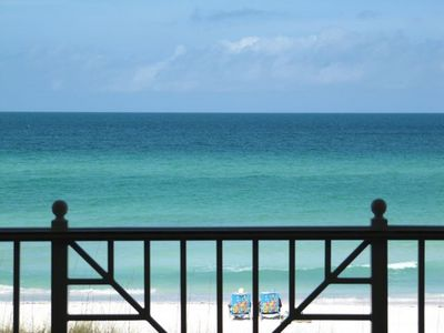 Enjoy this spectacular view for your vacation...