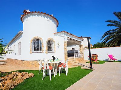 Photo for Apartment 43 m from the center of Empuriabrava with Parking, Internet, Washing machine, Air conditioning (327626)