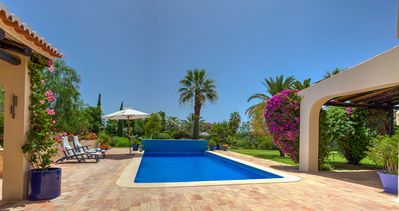 Photo for Exceptional 4 bedroom villa renovated to the highest standard