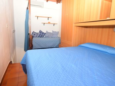 Photo for Holiday Apartment Close to the Beach with Air Conditioning; Parking Available