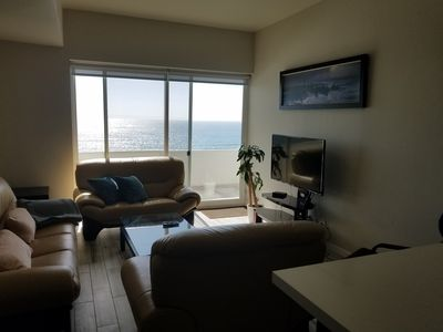 Photo for Ocean View, Pool, Hot Tub, Secure Parking 10 min. from Border Crossing