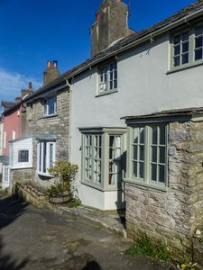 Photo for Beautiful seaside period cottage in the middle of Swanage, dogs welcome