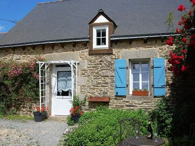 Photo for Charming cottage in the heart of the peaceful Breton countryside