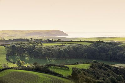 Morning view over to Hells Mouth Bay (Porth Newgli)