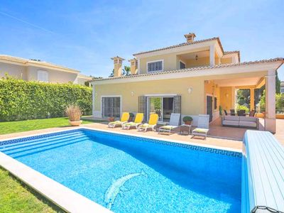 Photo for Private villa in Varandas do Lago with pool, WiFi and air-conditioning. U080