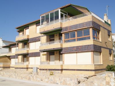 Photo for Apartment well-equipped and sunny for 5 persons at LLançà, Costa Brava,Empordà