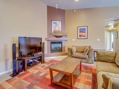 Photo for Dog-friendly townhome w/ private hot tub & shared pool awaits!