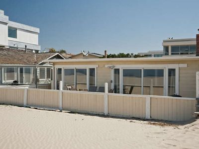 Oceanfront single story beach house sleeps 8ppl