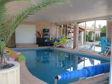 Rental house at Mazan. Private pool heated to 30 °. Superb Environment