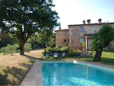Photo for Villa with pool, sleeps 7