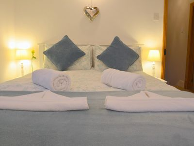 Photo for Mevagissey holiday cottage with beach/harbour nearby, internet access, Parking