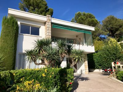 Photo for Cannes Hills Californian Villa - Garden - Clim - 205m2