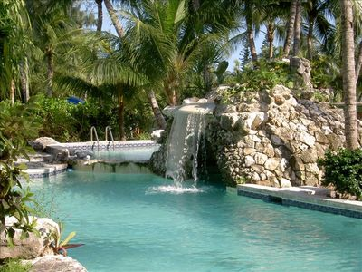 Relax in our waterfall pool - Just steps from Viola's Bar and Cafe