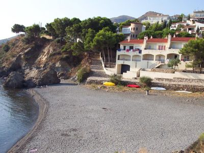 Photo for Spacious and well-lit terraced house situated on the seafront, with magnificent views to L