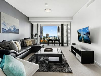 Photo for Great Value - 2 Bedroom apartment in central Broadbeach