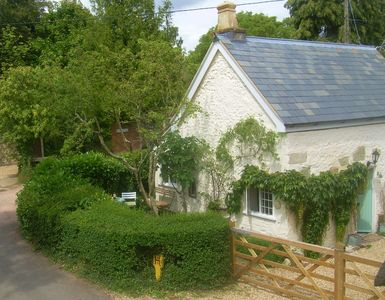 Photo for Charming 17c Grade II listed detached cottage, period features in rural Dorset