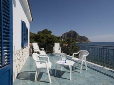 """Photo for """"Grecale"""" apartment with direct access to the beach"""