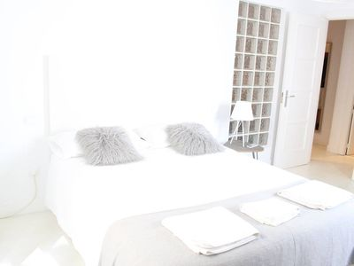 Photo for 5 Pax | 2 Bd | Homely apartment in Chueca