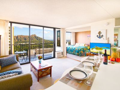 Ocean & Diamond Head View on 34th fl. | AC, Wifi, Parking | 1 Block to Beach