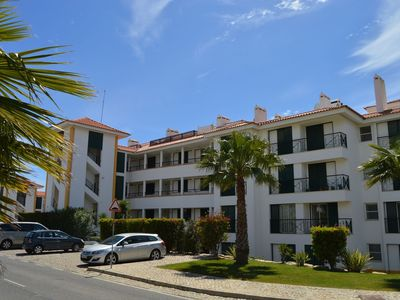 Photo for Spacious and modern apartment with pool on the wellknown Vila Sol golf complex