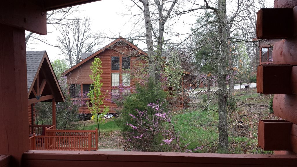 Romantic Log Cabin At Cabins Of Grand Mountain In Branson