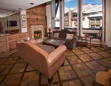 Photo for Spacious 3Br Condo at The Lodge at Vail, Steps from Gondola!