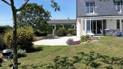 Photo for Detached house for 8 people. Enclosed garden of 750 m2. quiet space