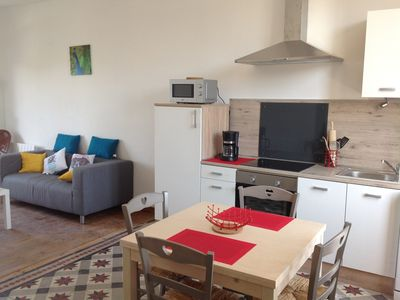 Photo for Pretty holiday home 5 minutes walk from the city of Carcassonne