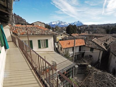 Photo for 1BR Apartment Vacation Rental in Magreglio