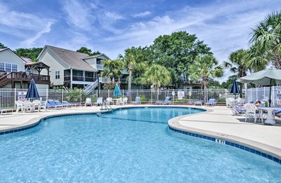 Photo for NEW! Murrells Inlet Condo w/Porch, 3 Min. to Beach