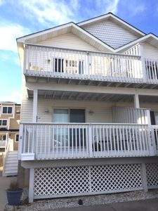 Photo for Nautical and beachy! Seagate area of Avalon - close to the center business district