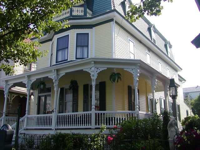 Sensational The Breakers At Cape May A Victorian Beach House Rental Cape May Home Interior And Landscaping Mentranervesignezvosmurscom