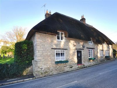 Photo for IVY COTTAGE, pet friendly in West Lulworth, Ref 994302