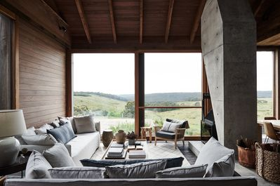 Living room & view