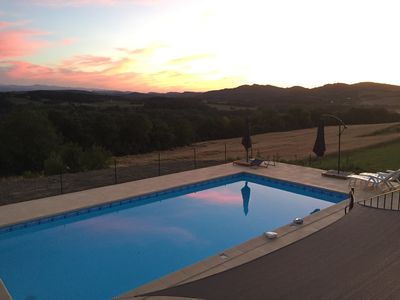 Photo for Heated saltwater pool - Magnificent mountain views - Tranquility
