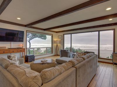 Photo for Gorgeous oceanfront retreat w/ marvelous ocean views & beach access
